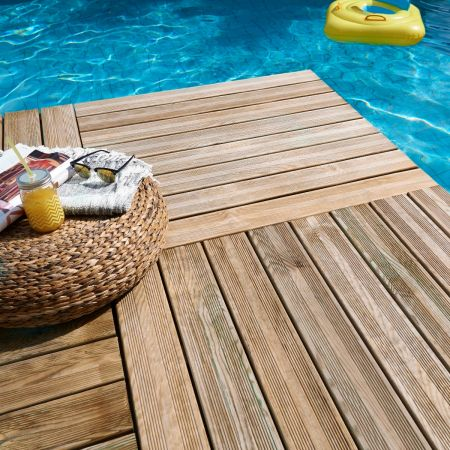 Dalle de terrasse en bois traitement autoclave classe IV- épaisseur de 35mm dim. 1000x1000 mm - Julia
